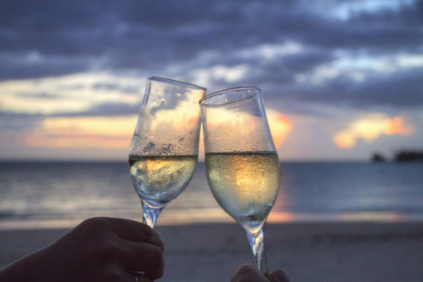 sea-sunset-beach-couple-large